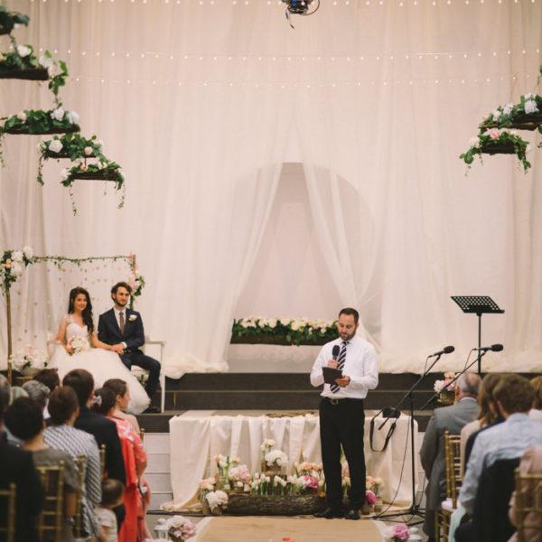 Semnificația anilor de căsnicie și idei de cadouri pentru prima aniversare